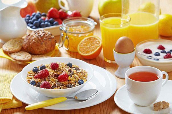 1-cate-calorii-mancam-la-micul-dejun