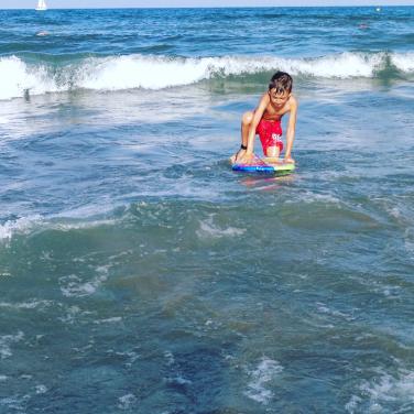 asstyleblog-ținuta potrivită la mare pentru copii